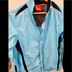 Women's Blue Saucony light weight jacket. Medium